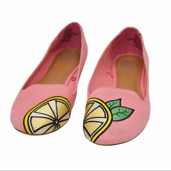 Soft Pink Lemon Embroidered Flats/Loafers Size 8